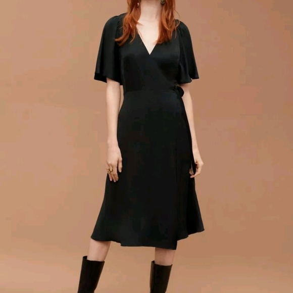 2e57fa6b0d0 Wilfred Aritzia Nadine wrap modest dress. M 5c2d7821df0307d6ee688c68